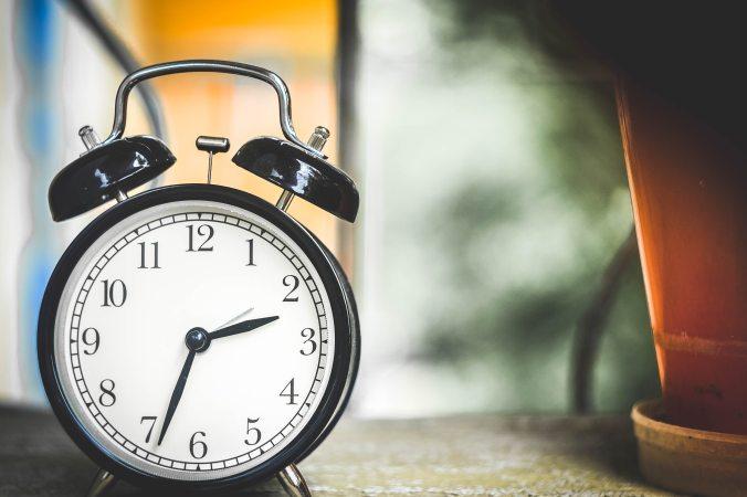 alarm-clock-clock-time-38267